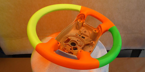 Steering-wheel-leather-colour.jpg